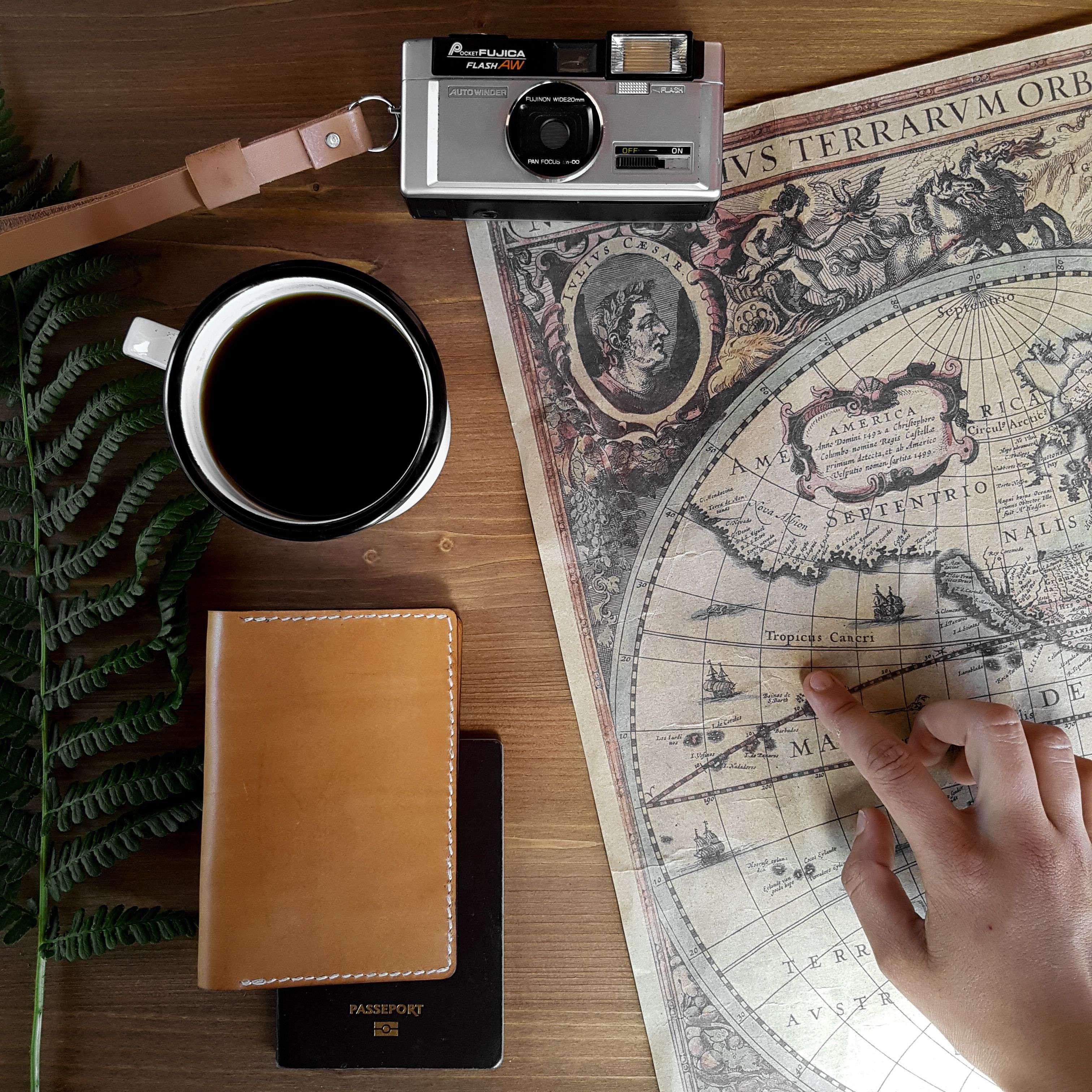 Neptuun-maroquinerie-voyage