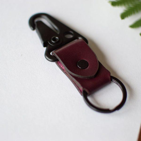 Porte clé en cuir bordeaux - Neptuun