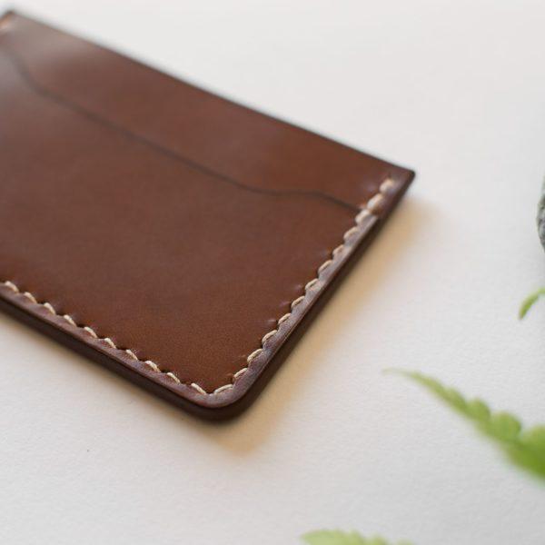 GUSTAVE - porte carte en cuir NEPTUUN